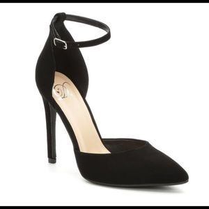 Heeled Pumps *NEW*